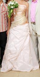 Продам шикарное свадебное платье,  производство Италия