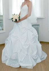 Продам платье свадебное р-р 42
