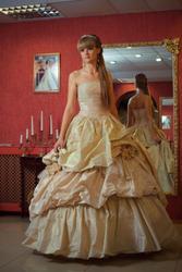 Продаю свадебное платье от дизайнера Ian Stuart